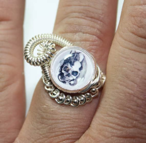 Adjustable Steampunk Wire Wrap Taxidermy Evil Dragon on Skull Ring