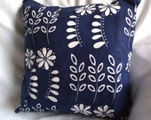 Retro flower cushion cover blue and white 16 inch