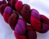 LA REINE MARGOT III - Handpainted extra soft merino yarn, superwash, lace weight, 700yds