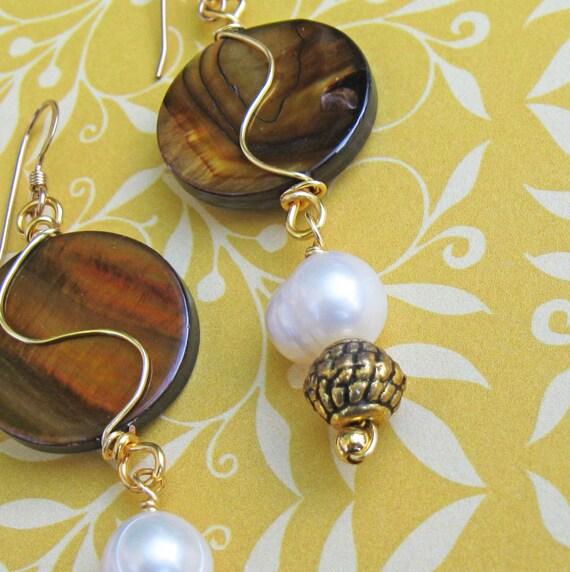 Shell CIrcle Earrings Cocoa SALE