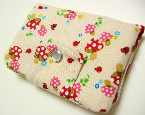 Bifold Wallet with Zippered Pocket and Snap Closure - Groovy mushrooms on oatmeal