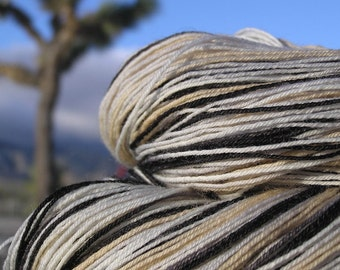Fingering Weight Yarn - BFL Wool (Blue Faced Leicester) - Desert