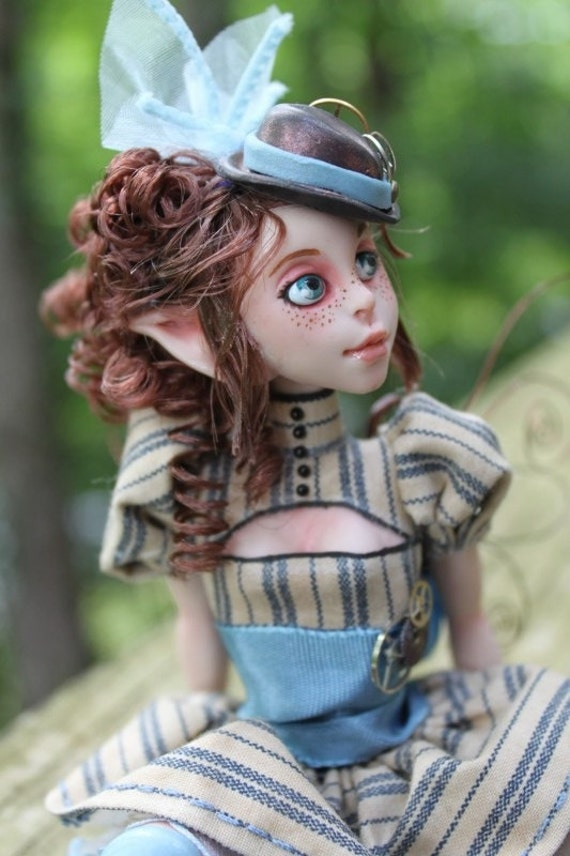 Victoria Steampunk Myxie Sculpture
