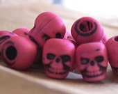 20 Altered Winter Pink Skull Beads Plastic Goth Halloween Pirate Day of the Dead Lolita ESST