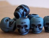 20 Altered Teal Blue Skull Beads Plastic Halloween Goth Pirate Day of the Dead Lolita ESST