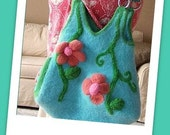 Pyramid Tote - Upgraded - A Felted Knitting Pattern - PDF, digital delivery only