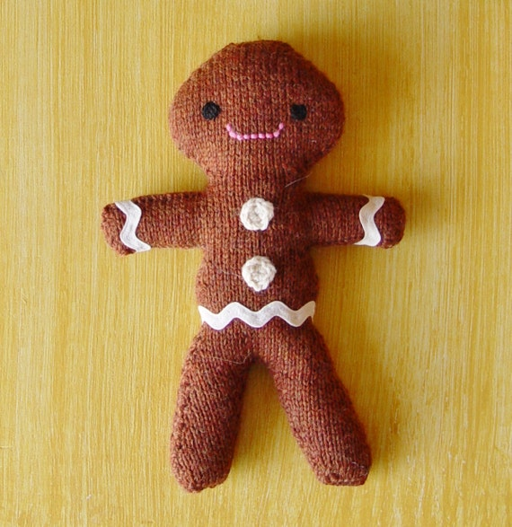 Knitting Pattern For Gingerbread Man : The Gingerbread Man knitting pattern PDF by Yarnigans on Etsy