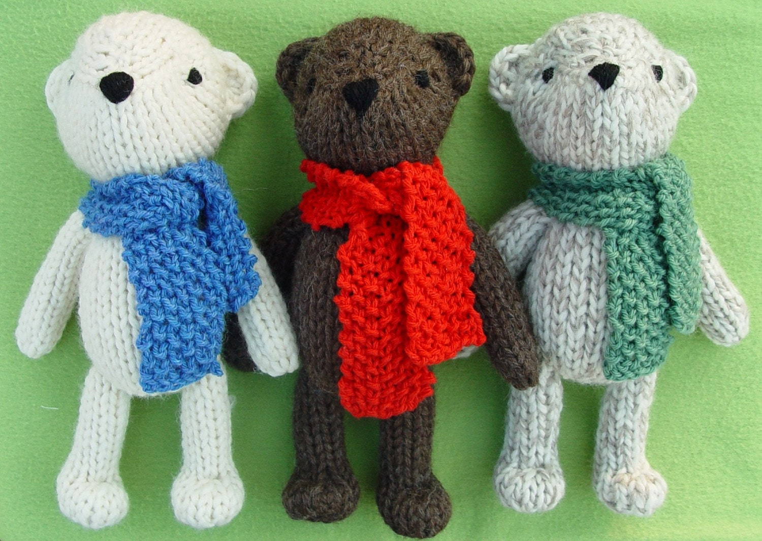 Knitted Teddy Bear Pattern Free : Theodore the Teddy Bear knitting pattern PDF by Yarnigans on Etsy