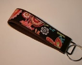 KEY FOB - paisley on brown kEy fob