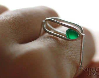 Gravity Collection: Sterling Silver Ring with Floating Green Onyx (SIZE 9) - Free US Shipping
