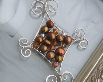 Pearl and Wire Diamond Pendant