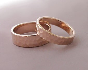 14k Rose Gold Wedding Rings - Hammered - Recycled Gold - 4 and 6 mm Set of Two