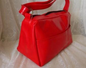 Vintage 70s Red Wet Look Vinyl Bag Purse