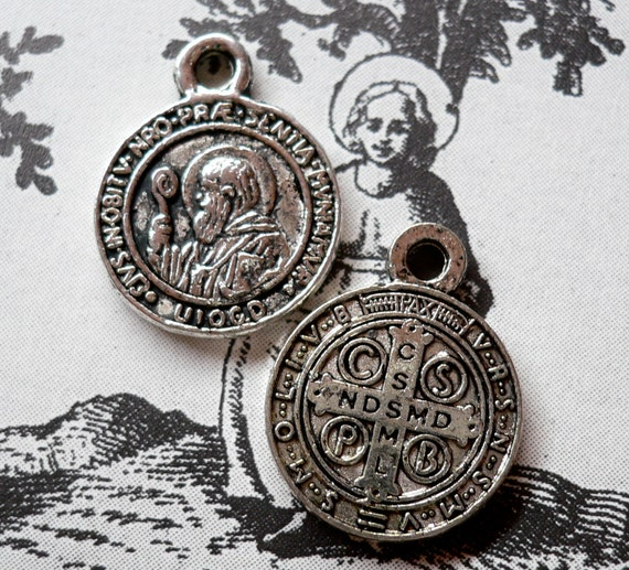 2pcs Tiny SAINT BENEDICT MEDALS Protection From Evil