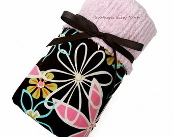 Baby Girl Blanket, Daisy Dreams and Pink Chenille Blanket - In Stock and Ready To Ship , ON SALE