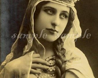 no285 VINTAGE photo DIGITAL DOWNLOAD- Gypsy Art - Victorian Princess Printable - Antique Photograph - Victorian Beautiful Woman