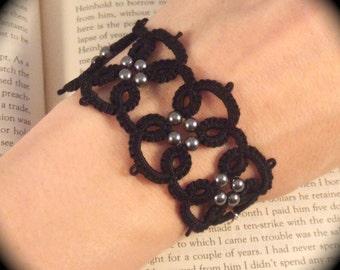 Tatted Lace Bracelet - Black Quadra