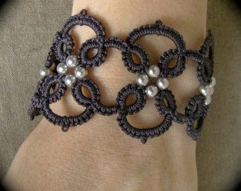 Tatted Lace Bracelet - Quadra in Grays