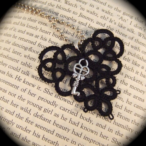 Tatted Lace Pendant - Key to My Heart