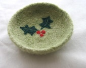 Small Holly on Celery Green Bowl