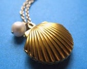 Charm Necklace Shell Locket With Pearl, Seashell