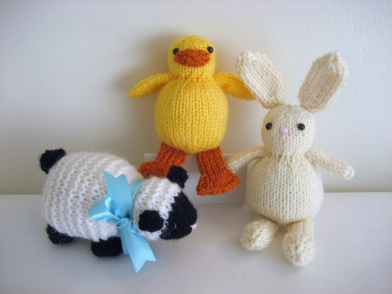 Easter Chick Knitting Pattern Instructions : PDF Knit Easter Amigurumi Pattern Trio