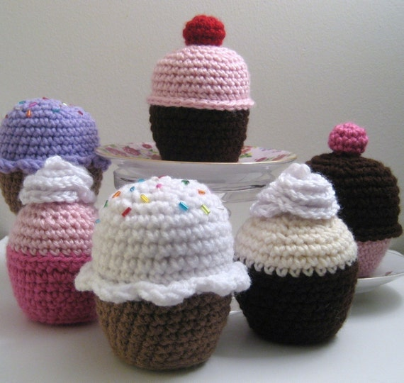 Amigurumi Cupcake Crochet Pattern Digital Download