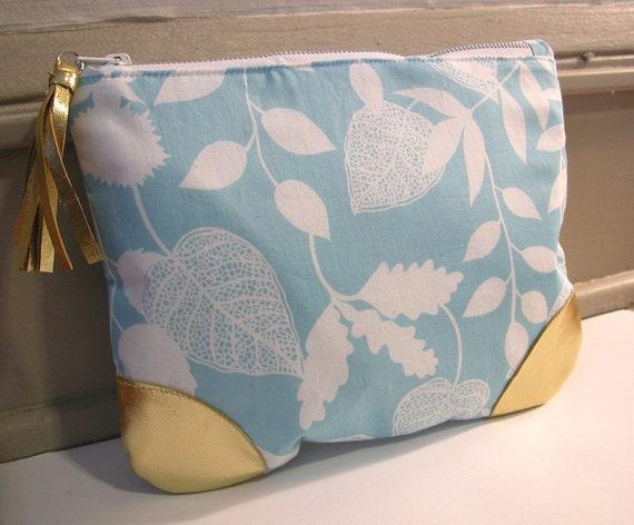 Zipper Pouch - Blue Floral