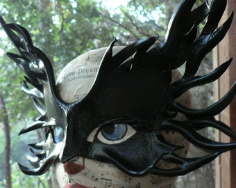 FiRE SHaDoW, leather mask by FaeryWhere
