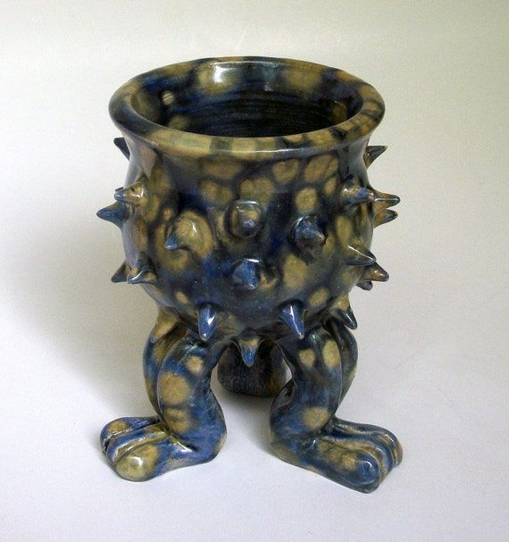 Grouchy Pot - Small Ceramic Planter with Spikes and Sculpted Feet