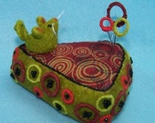Retro Green Mouse and Cheese Pincushion