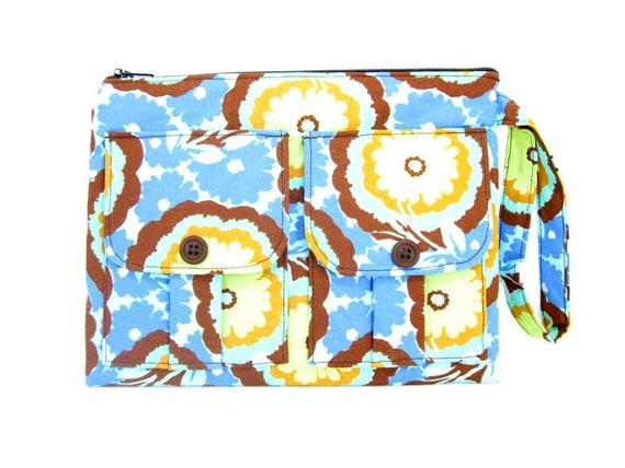 Blue Buttercups Wristlet, Zipper Wallet, iPhone Wristlet, Fabric Wallet Wristlet, Wristlet Purse, Birthday Gift