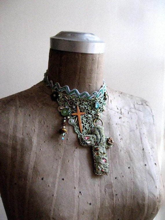 Vintage Cross, Beaded Choker, Necklace, Vintage Lace, Bohemian Gypsy, Boho Jewelry, Goth