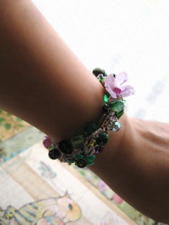 Spring Meadow, Beaded Bracelet, Green, Lavender Bracelet, Bohemian Gypsy, Vintage Flower