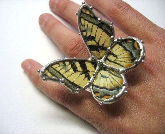 Butterfly Landing Ring