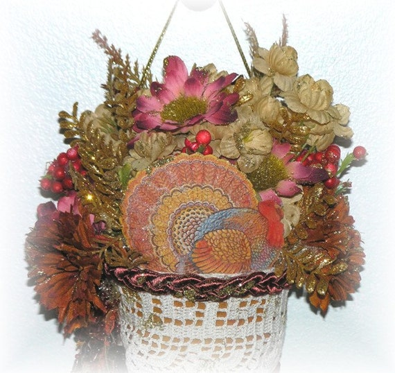 Thanksgiving Tussy Mussy Victorian Paper Cone with Turkey