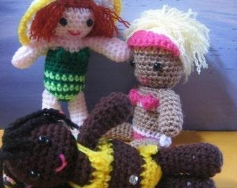 Surfie Chicks - at the beach (aussiegurumi crochet pattern)