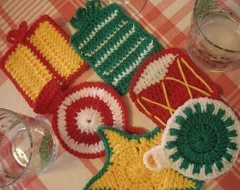 Christmas Table Toppers Coasters, Motifs and Napkin Rings (Crochet patterns)