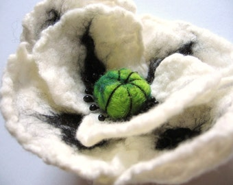 White Poppy Brooch / Pin. Hand Felted