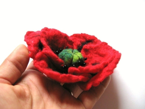 Felted Poppy Brooch - Hand Felted Red Flower