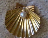 Reserved for Ana ANTIQUE ART DECO18 Karat Gold Shell and Pearl Brooch
