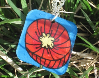 Modern Poppy Necklace