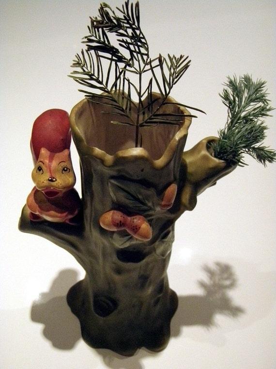 Vintage Vases Woodland Squirrels Tree Vase Home Decor  Enesco Home and Living Collectibles Gardener Naturalist Porcelain Figurines