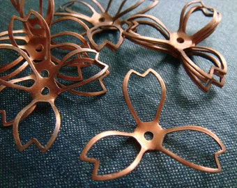 Vintage Large Pointed Three Petal Hollow Flowers - Copper - Rare - 12pcs - LAST LOT