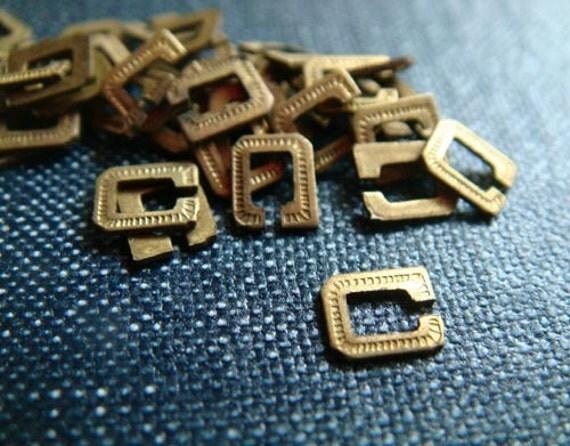 DESTASH - Teeny Varsity Style Initials - C - Raw Brass - 144pcs