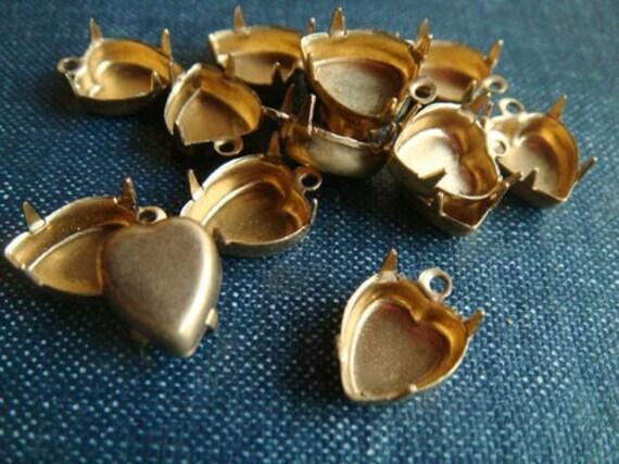10mm Heart Single-Loop Brass Rhinestone Prong Settings - 10pcs - LAST LOT