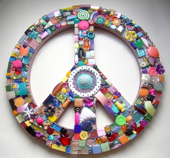 Funky Found Object Mosaic Peace Sign ReTRo Wall Art GOODIES