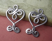 Very Big Celtic Heart Earrings, Valentine's Day Gift for Women Light Weight  Aluminum Wire, Heart Jewelry, Celtic Jewelry, Celtic Knot