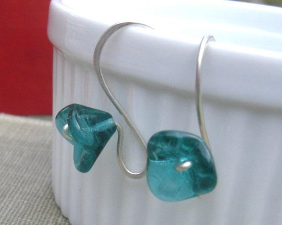 Long Stem Aqua Green Glass Flower Earrings - Flower Jewelry - Czech Glass Beads - Emerald Color - Sterling Silver Wire