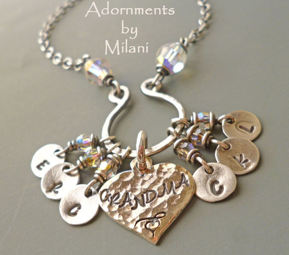 grandma necklace 6 grandchildren charms initials six children